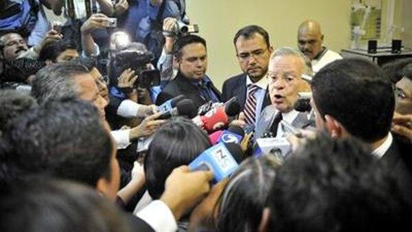 Miguel Ángel Rodríguez criticó el fallo en una breve conferencia de prensa al final del juicio. | JULIANA BARQUERO