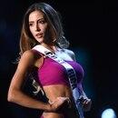 La representante costarricense Natalia Carvajal durante la presentación del traje de baño en el Miss Universo. . Fotografía de Lillian SUWANRUMPHA / AFP)
