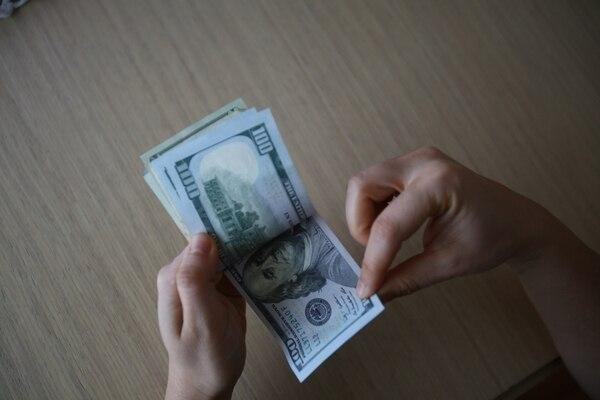 El dólar se depreció 6% durante el 2019, según datos del Banco Central de Costa Rica (BCCR). Fotografía: Shutterstock.