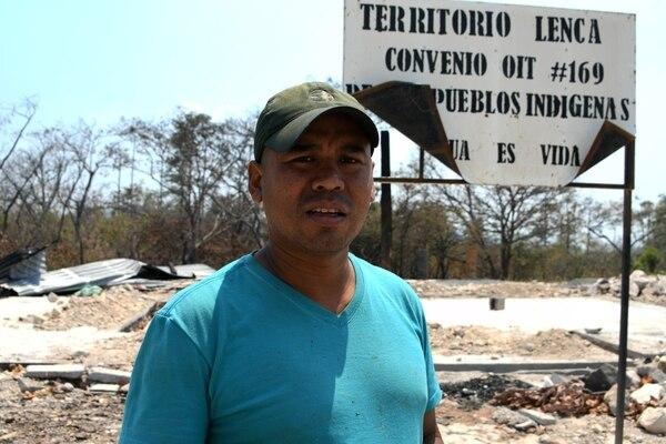 Andonie Ruiz, líder indígena lenca, se opone a la construcción de la central hidroeléctrica en el río Reitoca.
