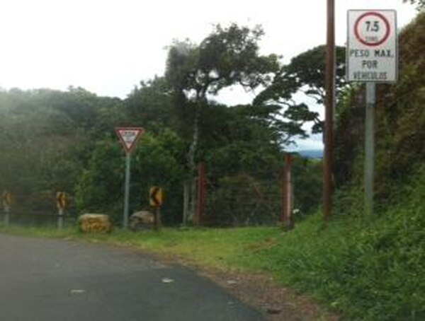 La vía de Poás de Alajuela se mantendrá inhabilitada desde hoy martes.