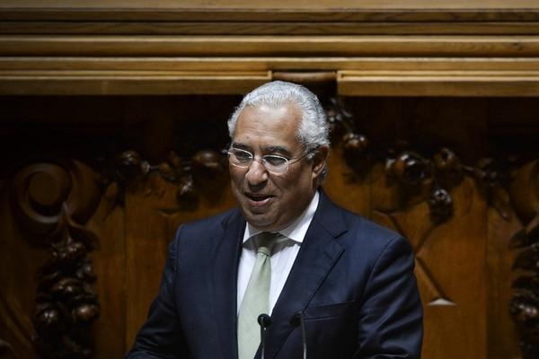 El líder socialista António Costa presentando la moción de rechazo