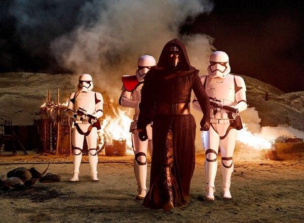 'Star Wars: el despertar de la Fuerza' ha recaudado $934 millones en la taquilla norteamericana. Archivo