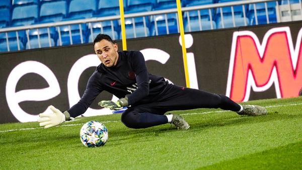 Keylor Navas en un entrenamiento del PSG. Fotografía: PSG