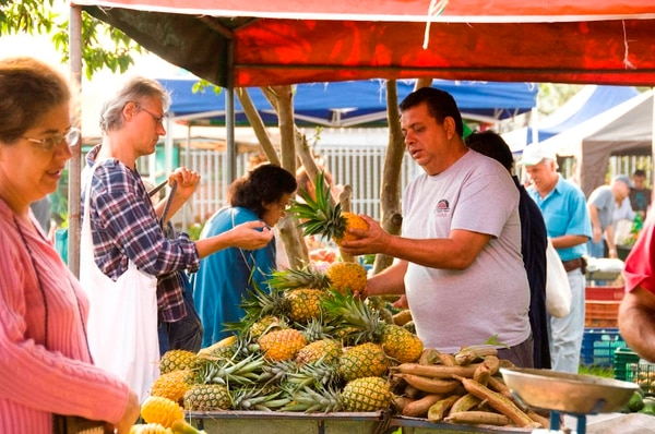 Feria Orgánica El Trueque opera también en su sede de Paso Ancho en San José
