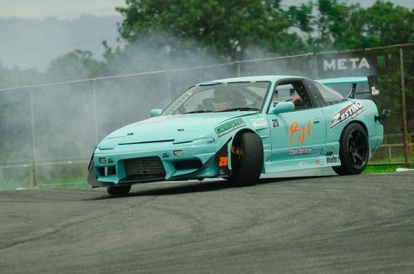 Daniel Quirós tuvo un problema mecánico en su (Nissan 140 SX), por lo que perdió en semifinales con Mario Quirós. Sin embargo, es segundo en el campeonato con 105 unidades. Asociación Deportiva Drift