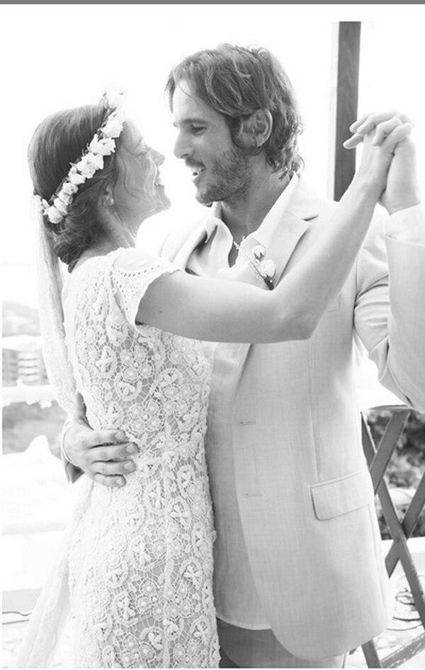 Debi Nova y John Osborne se casaron en Guanacaste en el 2015. Foto: Archivo/Instagram