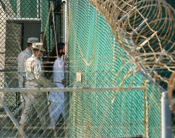 A 10 meses de que Obama entregue el poder, 91 presos esperan su liberación o al menos una audiencia que determine su situación legal. | FOTO: AFP