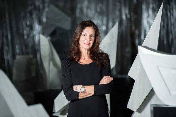 La artista Ingrid Rudelman tiene tres años dedicados a la escultura. En julio del 2019 presentó su primera exposición en solitario, llamada 'Cuerpos geométricos'. Foto: Ingrid Rudelman para LN
