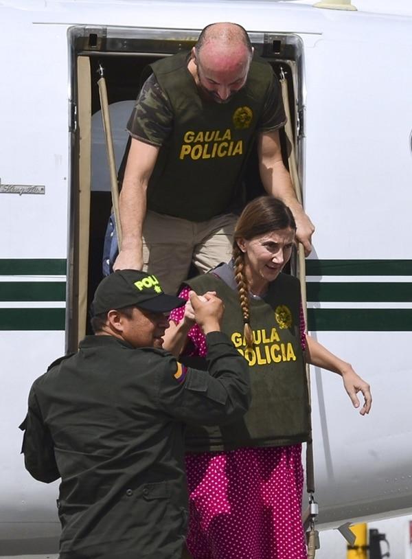 María Concepción Marlaska y Ángel Sánchez llegaron ayer a Bogotá. | AFP