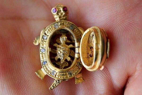 f060533f2c3f Los detalles de las joyas son muy importantes. Se cree que muchos de los  bienes