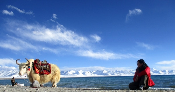 Este es el lago Namtso, en el Tibet. Ahí estuvo la tica Andrea Aguilar Calderón.