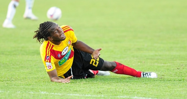 El 'Mambo' anotó al 73' el 0-2 sobre Cartaginés, pero poco después salió expulsado (90').