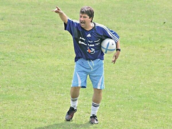 Hernán Darío Bolillo Gómez dirige a Medellín. / Archivo