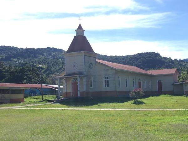 Imagen de la iglesia antes del desastre.