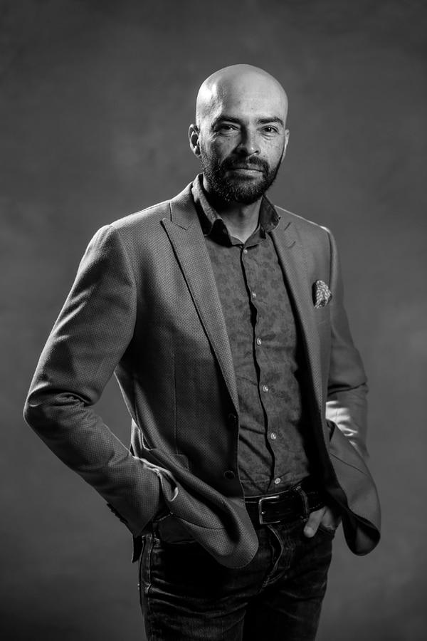 Fabrizzio Berrocal es el único diseñador tico que ha participado en la actividad estelar de las cinco ediciones del Fashion Week San José. Adrián Soto.