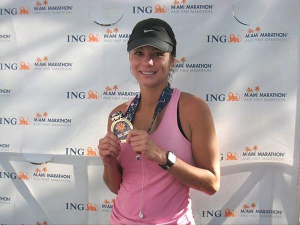 Karla Montero compitió en la maratón de Miami en el 2011, justo antes de sufrir cáncer. En noviembre espera participar en la carrera de campo traviesa que se realizará en el Cerro de la Muerte. | KARLA MONTERO PARA LN