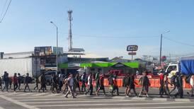 Nueva oleada de migrantes: unas 100 personas atraviesan Costa Rica cada día
