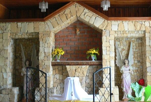En este altar permanecía el copón sangrado en la iglesia. | JULIO SEGURA
