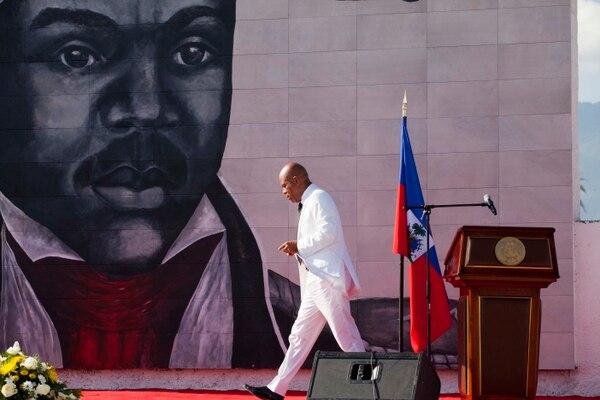El presidente de Haití, Michel Martelly, dejará su cargo este 7 de febrero. Haití vive una crisis política a cinco días de que concluya el mandato de Martelly pues su sucesor no ha sido elegido por el aplazamiento en dos ocasiones de los comicios.