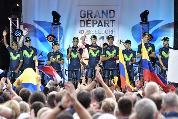Nairo Quintana, Jasha Sütterlin, Carlos Betancur, Andrey Amador, Jesús Herrada, Daniele Bennati, Jonathan Castroviejo, Imanol Erviti y Alejandro Valverde en la presentación de equipos del Tour.