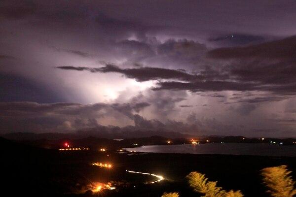 Las lluvias que se esperan este jueves en el Pacífico sur estarán acompañadas por tormenta eléctrica.Foto: Rafael Pacheco / Archivo.