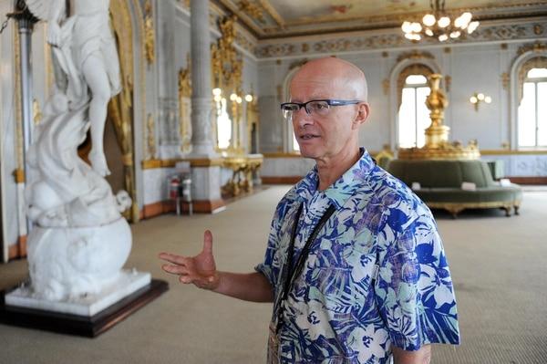 Fred Herrera, director del Teatro Nacional, continuará en el cargo por los próximos cuatro años. Foto: Melissa Fernández.