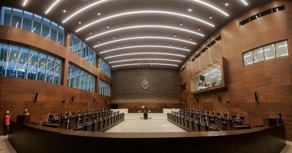 Este es el nuevo plenario de la Asamblea Legislativa, vista desde la entrada desde el vestíbulo. Foto: Rafael Pacheco.