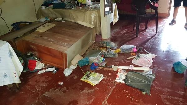 La casa de madera de Róger Castrillo en Laurel de Corredores sufrió la caida de objeto. Foto cortesíaa de Colosal Informa