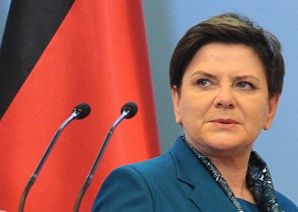 Beata Szydlo dio las declaraciones durante las conmemoraciones del 77º aniversario del primer transporte de prisioneros polacos.