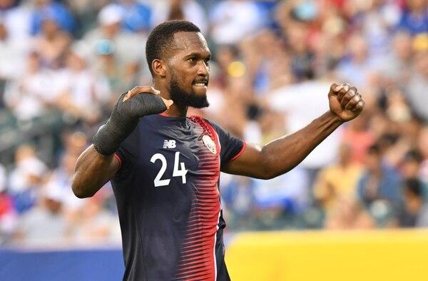 Kendall Waston celebró la victoria sobre Panamá y el pase a la semifinal de la Copa Oro 2017.