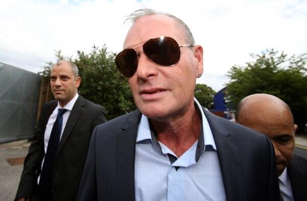 Paul Gascoigne al momento de su llegada al tribunal de Stevenage, en el que fue hallado culpable de agredir a un guarda de la estación.