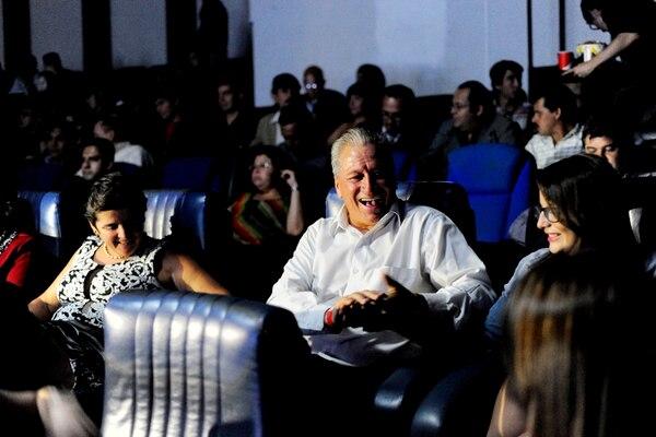 1. Junto a su familia, Claudio Miguel Jara gozó como nadie de la función. | MARCELA BERTOZZI