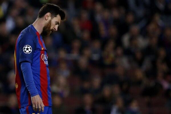 En la fotografía, Lionel Messi. En el Barcelona apuestan por jugar el 18 diciembre, mientras que el Real Madrid no propone una fecha aún. AFP PHOTO / MARCO BERTORELLO