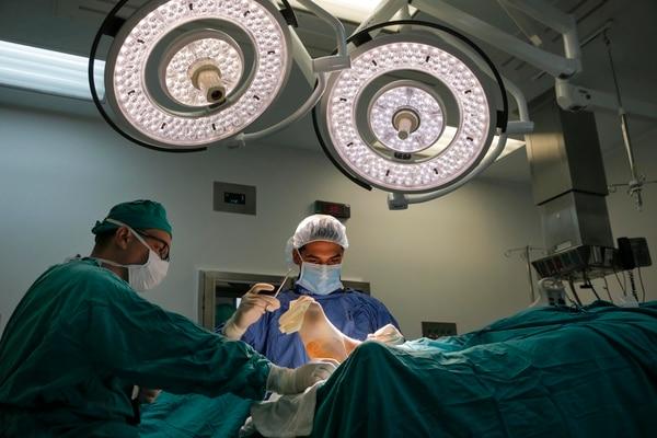 La CCSS enfrenta un faltante de médicos especialistas, principalmente en áreas como Anestesia y Ortopedia. MAYELA LÓPEZ