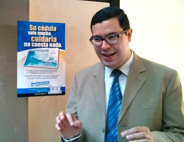 Gustavo Román Jacobo, asesor político del Tribunal Supremo de Elecciones.
