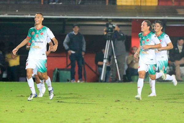 Bryan Rojas anotó doblete para Carmelita. Fotografía: Rafael Pacheco.