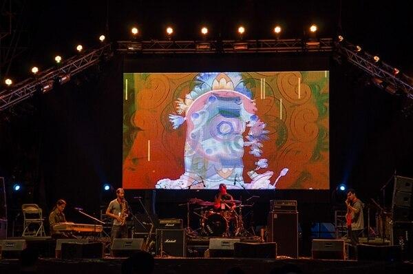 Original. La banda instrumental Amarillo Cian y Magenta se presentó en el FIA 2014 antes de añadir otros músicos a su ensamble.José Pablo Porras.