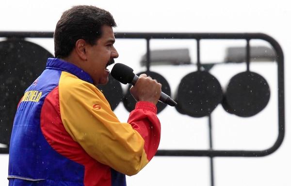 Nicolás Maduro presentó su solicitud entre denuncias de la oposición de que el presidente busca desatar una persecución política. | AP.