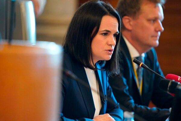 La dirigente opositora bielorrusa Svetlana Tijanóvskaya ofreció una conferencia de prensa en Copenhague, este jueves 22 de octubre del 2020. AFP