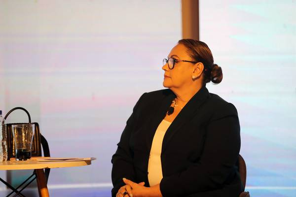 Lineth Saborío urge usar recursos destinados a conectividad de estudiantes