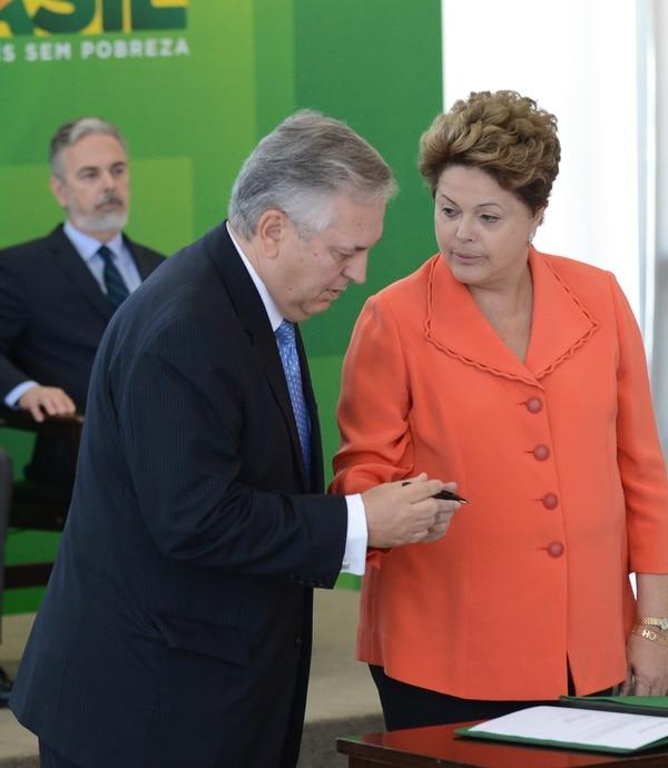 El Canciller brasileño, Luiz Alberto Figueiredo, dijo que el Gobierno de la presidenta Dilma Rousseff no avalará una intervención militar en Siria si no es con el aval de la ONU.