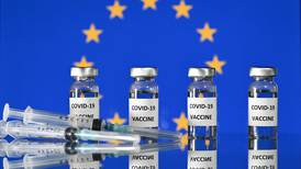 Unión Europea protege confidencialidad de contratos por vacunas hasta fin de las negociaciones