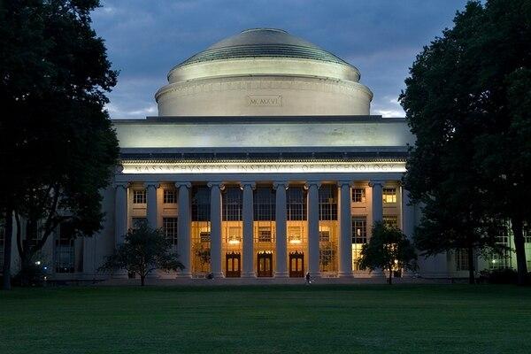 Las demandas contra el MIT y Harvard en 2015 denunciaban que los sordos y otras personas con discapacidades auditivas quedan privados del valor educativo. Foto: MIT