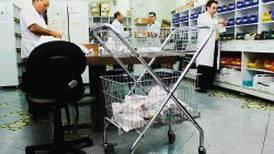 Román Macaya  se estrena en presidencia de la CCSS con emplazamiento por desorden en compra de medicinas