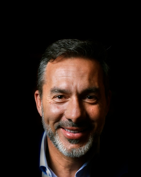 Gustavo Cristian Matosas, de 51 años, es uruguayo, país de sus padres y en el que creció, aunque nació en Buenos Aires. Foto Albert Marín/Grupo Nación. (Locación Hotel Real Intercontinental Escazú)