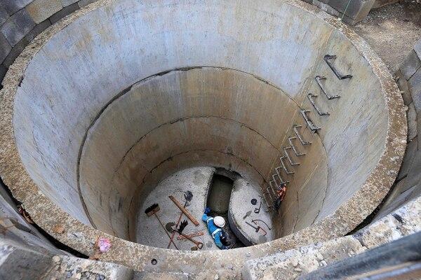 La instalación de pozos y la conexión de redes conforman una parte clave para lograr el éxito del proyecto, pues sin esto el agua seguiría llegando sin tratarse a los ríos y quebradas. Foto: Rafael Pacheco