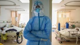 Investigación sobre origen de la covid-19 'está en un punto muerto', denuncian expertos de la OMS