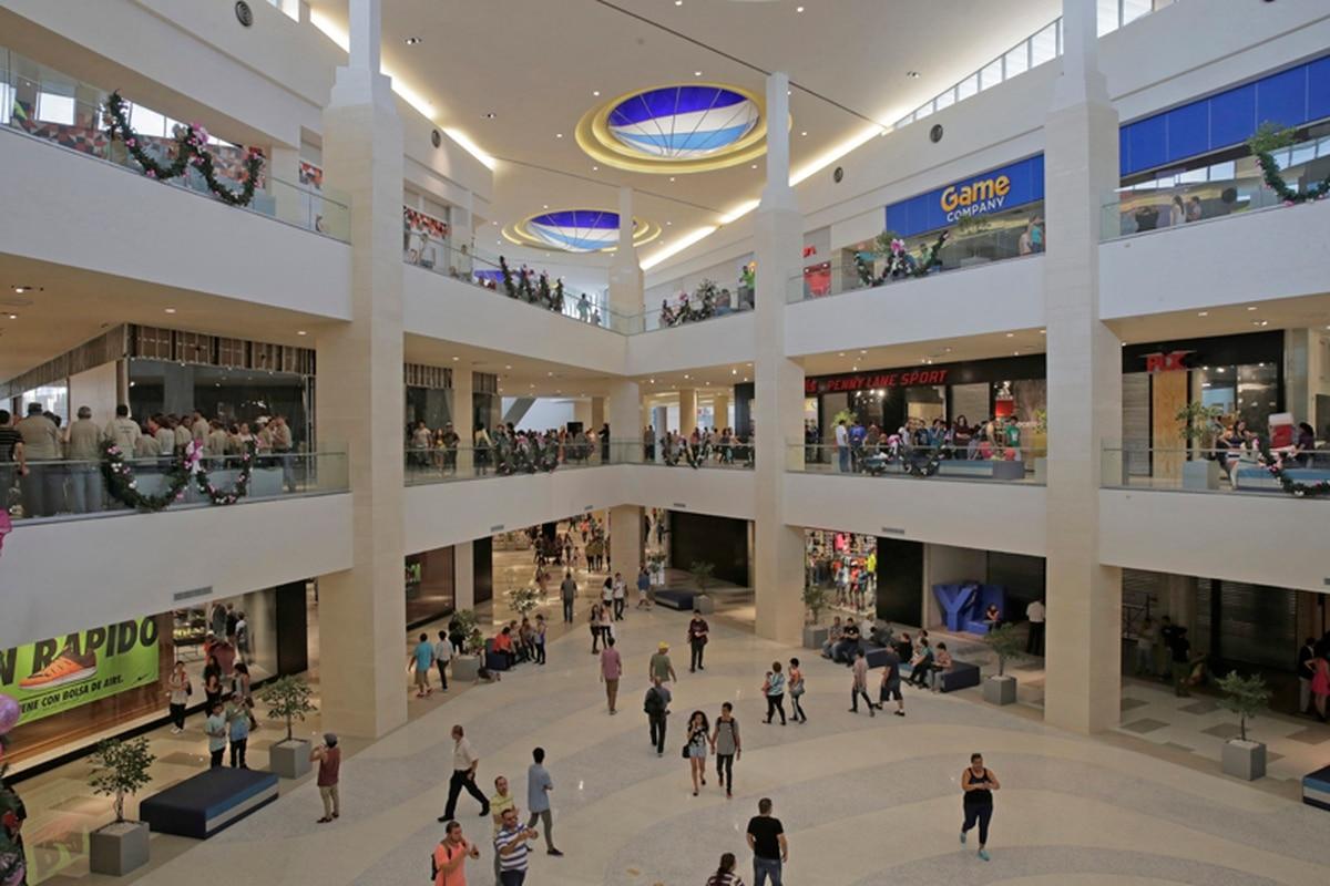 city mall alajuela abre con 210 locales y algunas obras. Black Bedroom Furniture Sets. Home Design Ideas