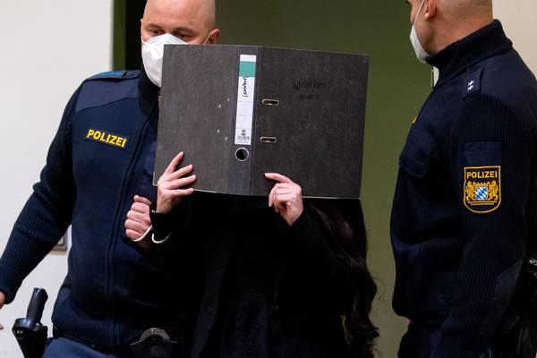 Exseguidora del Estado Islámico condenada a diez años de cárcel por dejar morir de sed a una niña